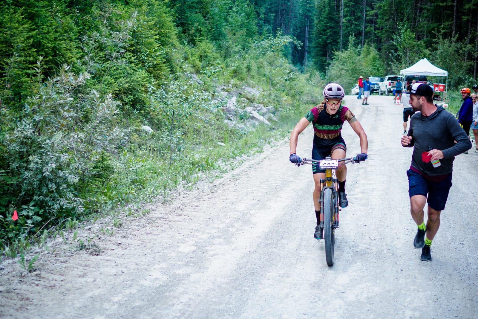 Santa Cruz Bicycles - Grinding Out the Miles at Singletrack6