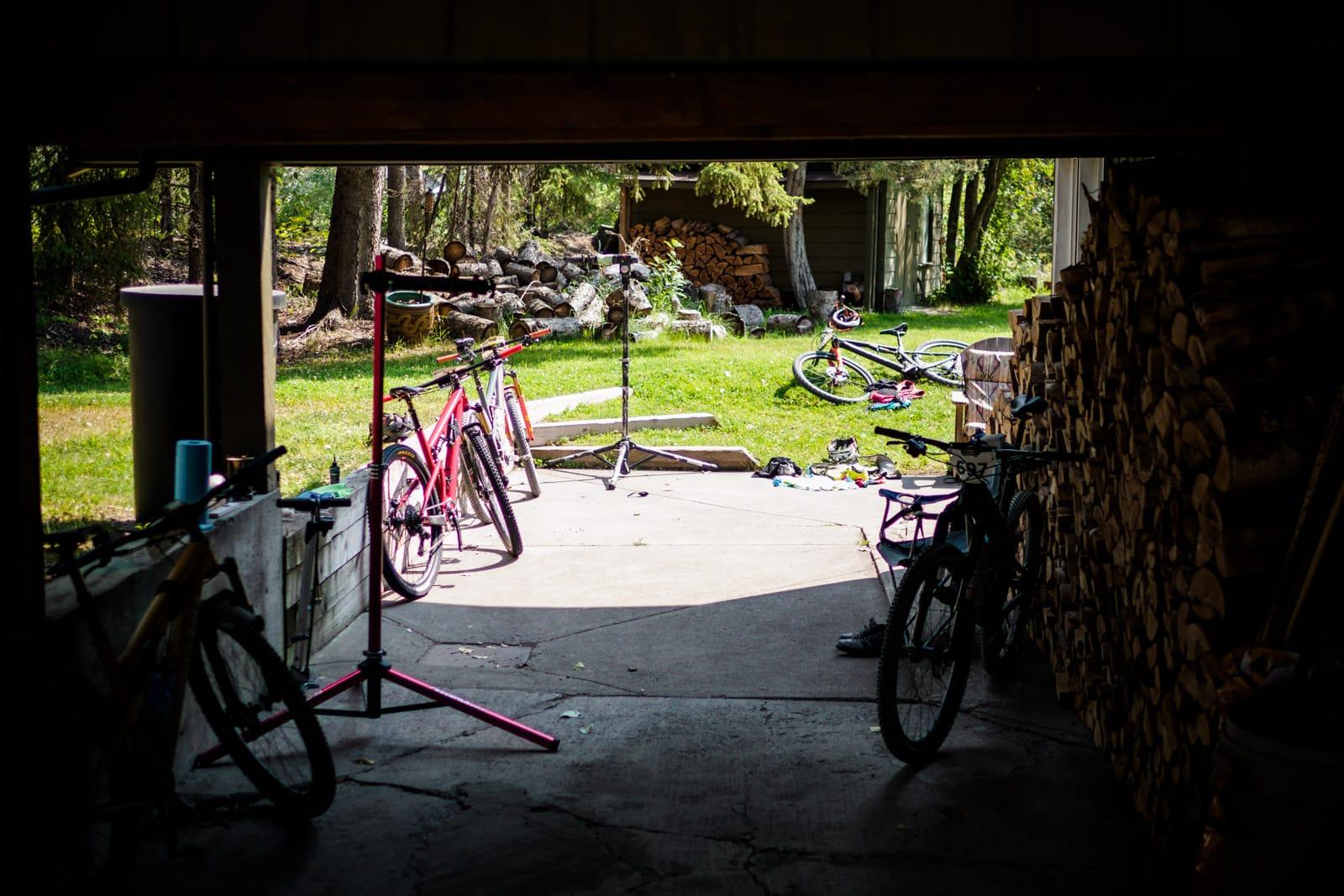 Santa Cruz Bicycles - Quiet Moments Between Stages at Singletrack6