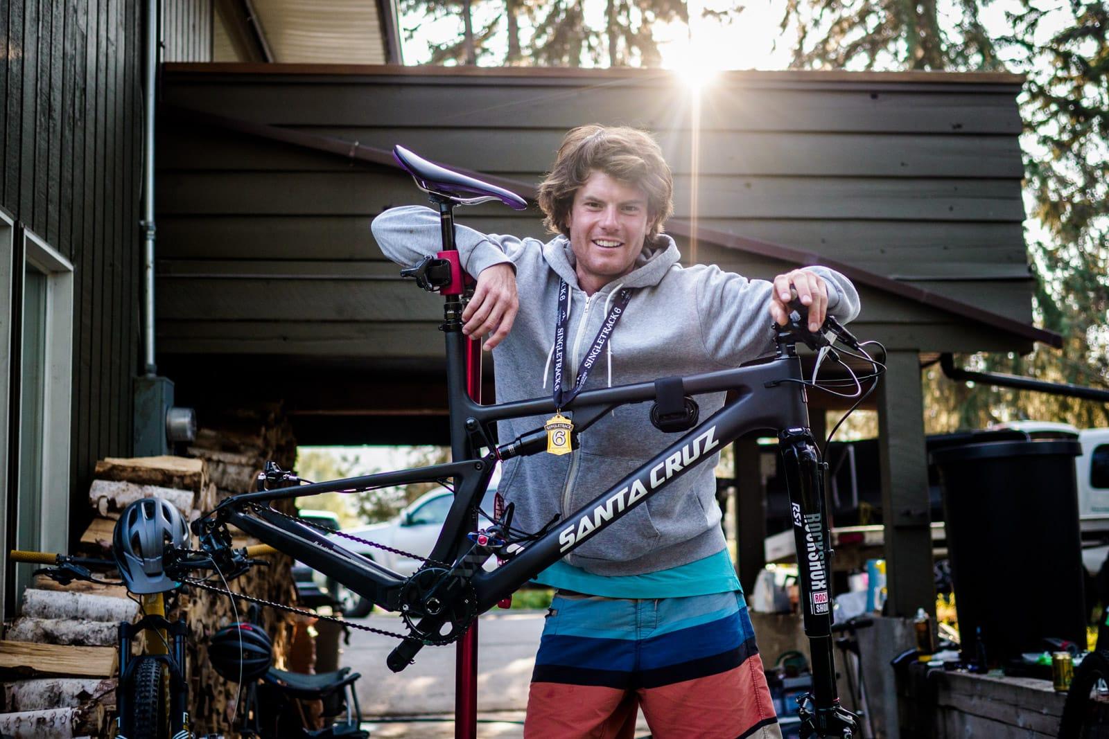 Santa Cruz Bicycles - Chris Johnston and His New Blur at Singletrack6