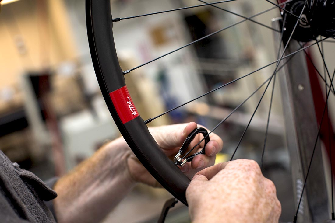 Reserve Carbon Wheels | Santa Cruz Bicycles