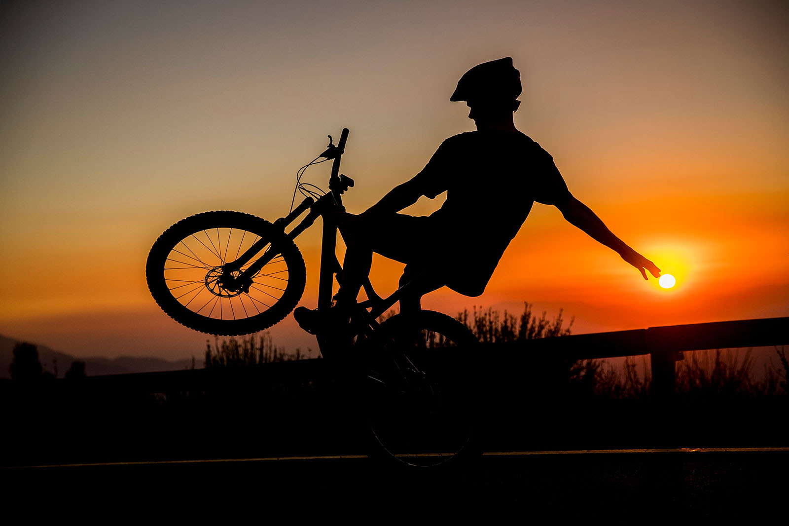 Santa Cruz Bicycles - Mark Scott Finding #Backwheel in Chile
