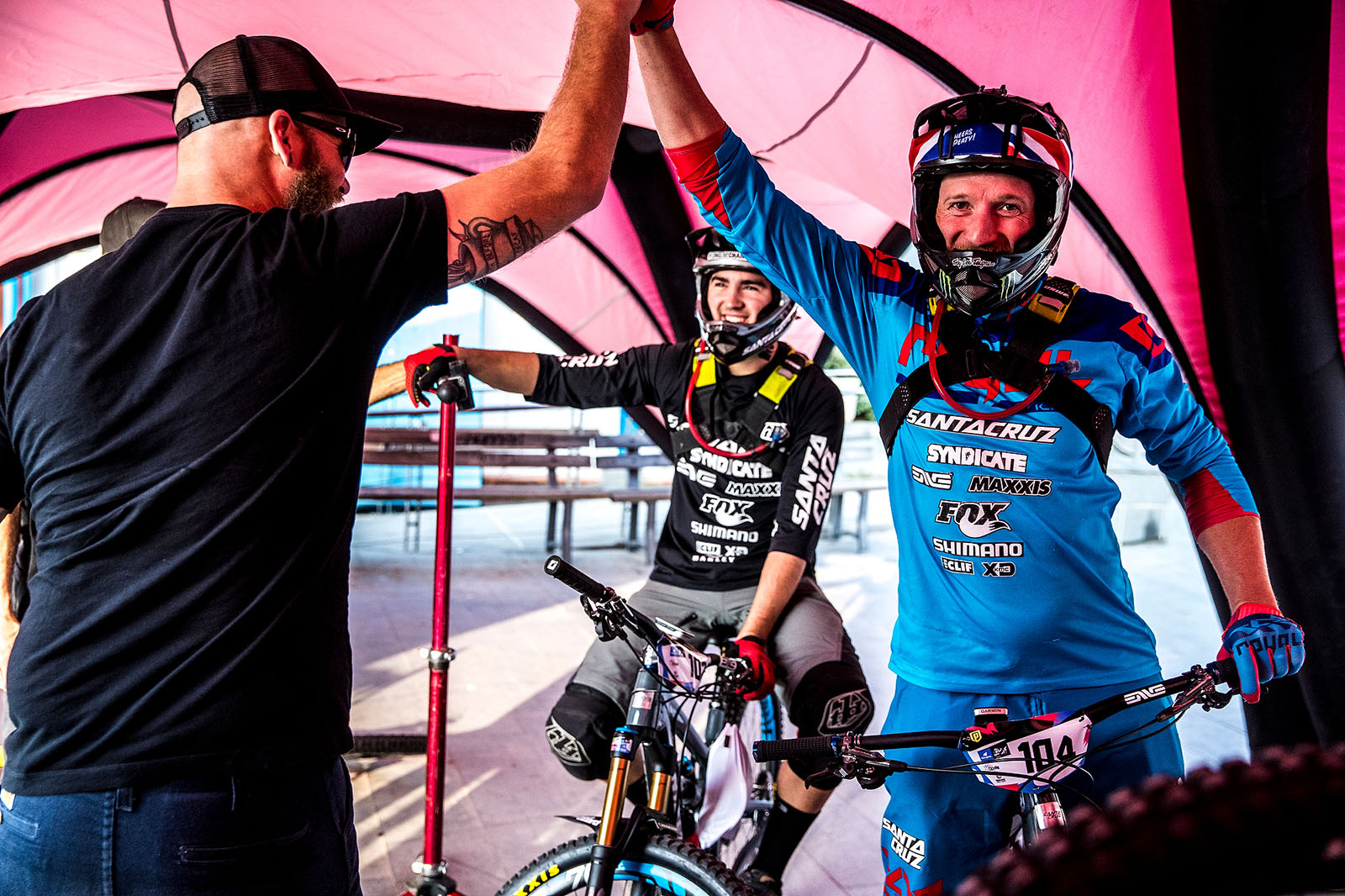 Luca Shaw and Steve Peat at the Enduro World Series race in Finale