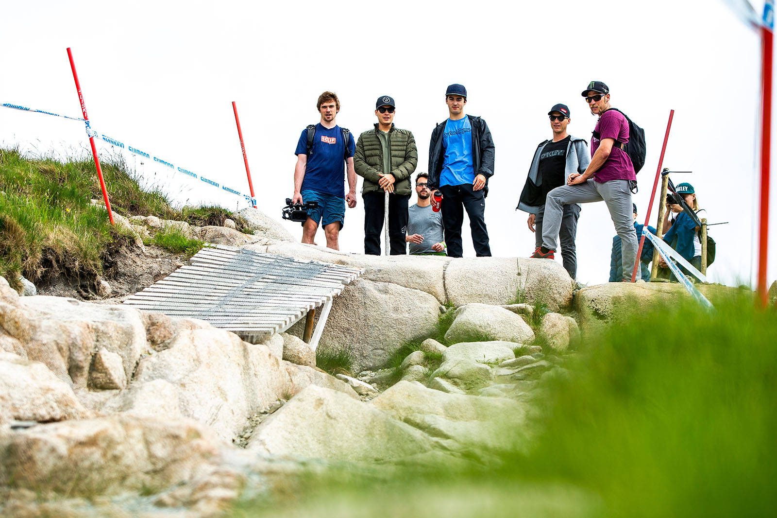Santa Cruz Bicycles - The Track Walk Is a Family Affair for the Syndicate