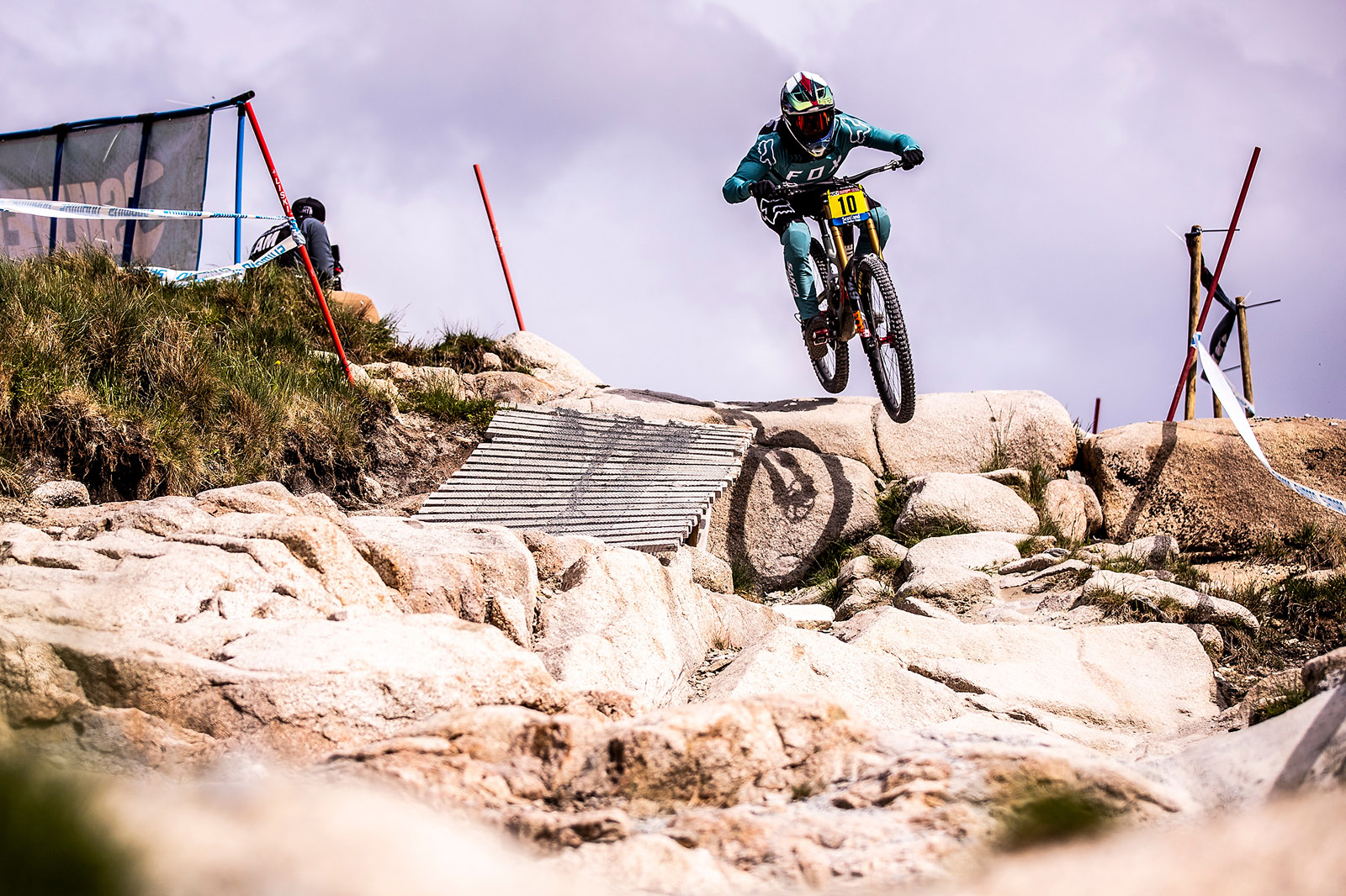 Santa Cruz Bicycles - The Syndicate's Loris Vergier Taking the Shortcut at the Fort William World Cup