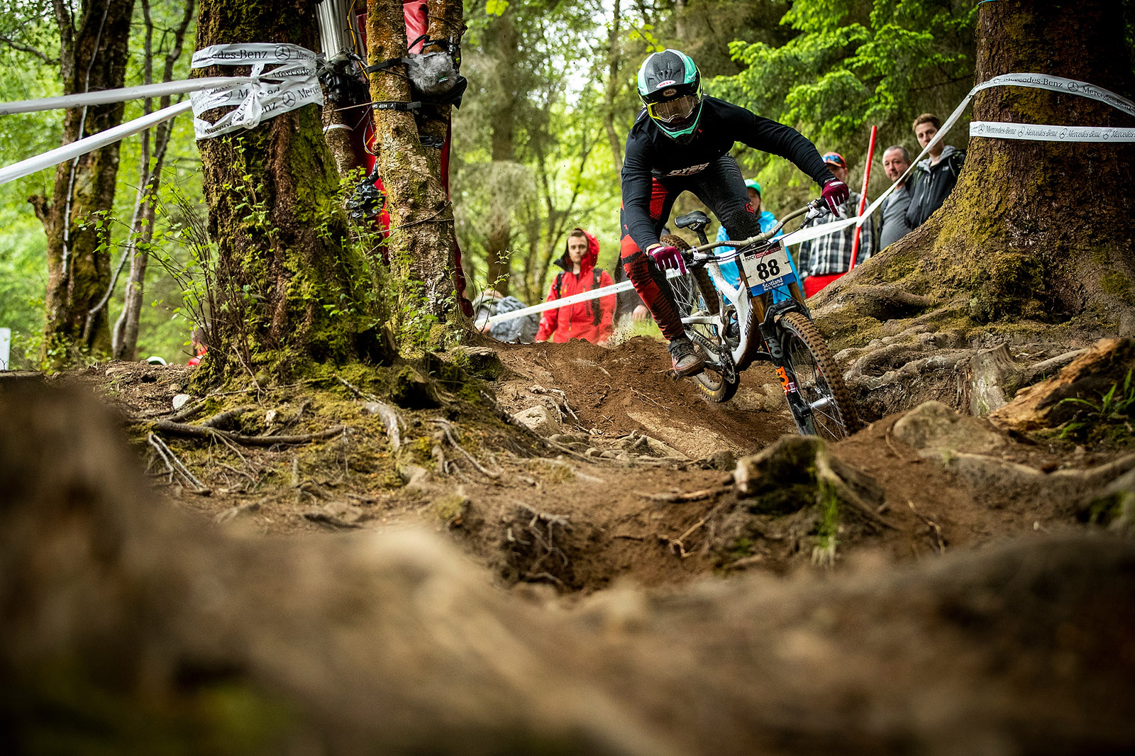 Santa Cruz Bicycles - Own Kiran MacKinnon on Track at the Fort William World Cup Downhill