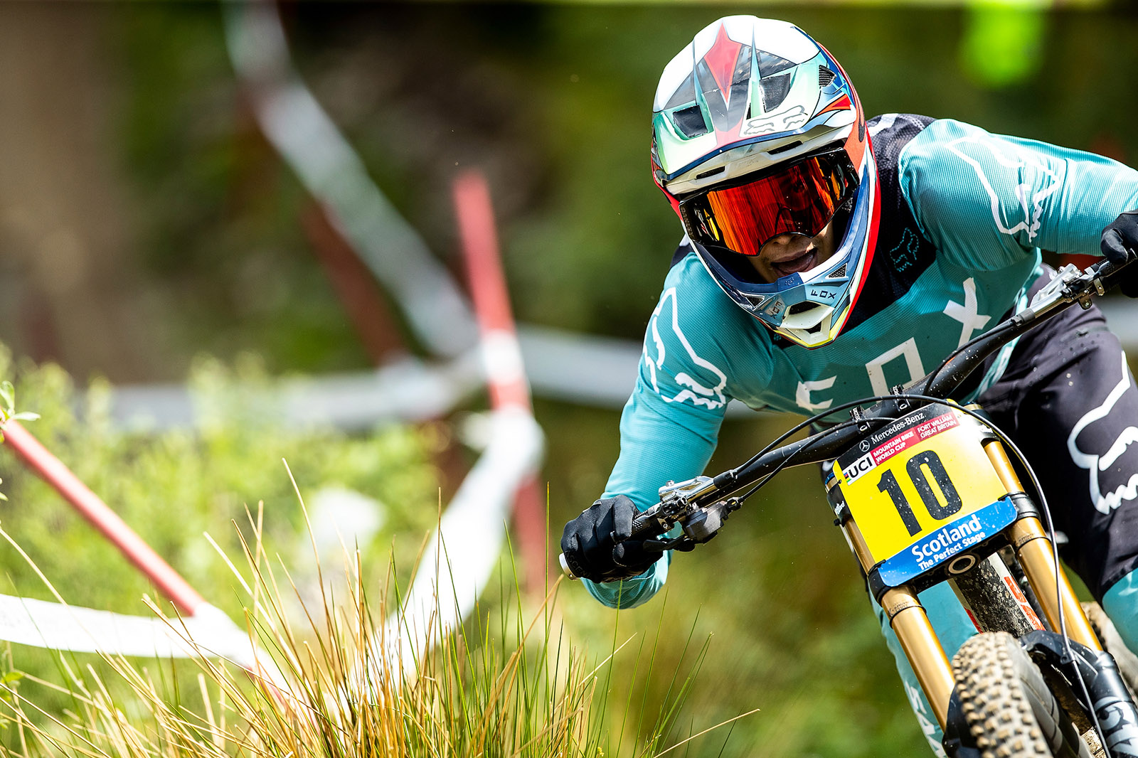 Santa Cruz Bicycles - The Syndicate's Loris Vergier on His Way to Second at the Fort William World Cup Downhill