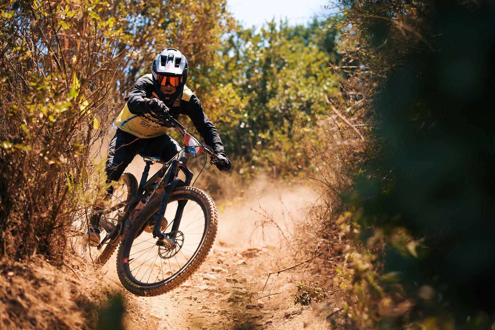 Santa Cruz Bicycles - Santa Cruz X SRAM Enduro Team Rider Mark Scott at Andes Pacifico