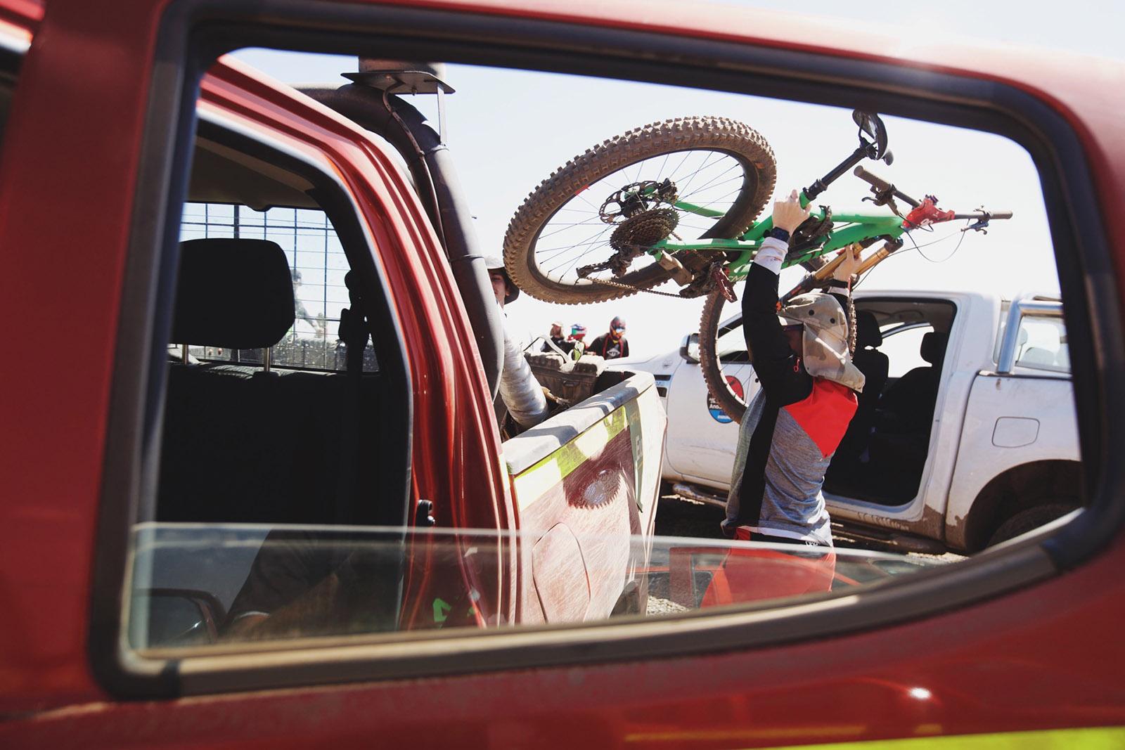 Santa Cruz Bicycles - Jaime Hill's Juliana Strega at Andes Pacifico