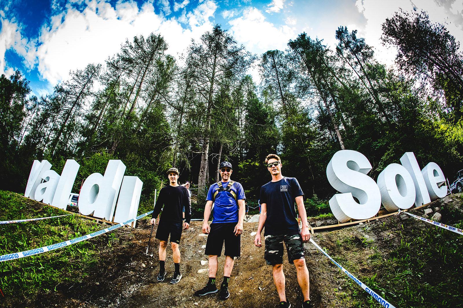Luca Shaw, Steve Peat, and Greg Minnaar at the Val di Sole trackwalk